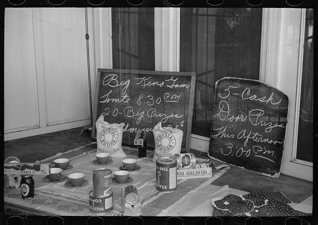 Photo: Gambling for housewives,Butte,Montana,MT,Summer 1939,Arthur Rothstein,FSA