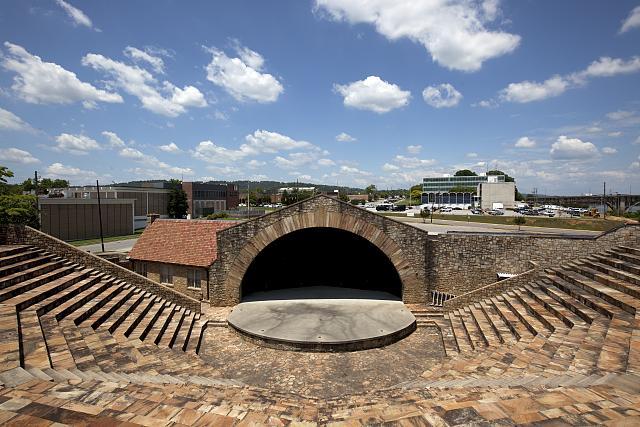 Photo: Municipal Amphitheater,Gadsden,Etowah County,Alabama,AL,Carol Highsmith,2010