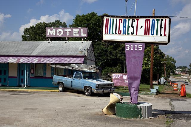 Photo: Hillcrest Motel,Sheffield,Colbert County,Alabama,South,America,Carol Highsmith
