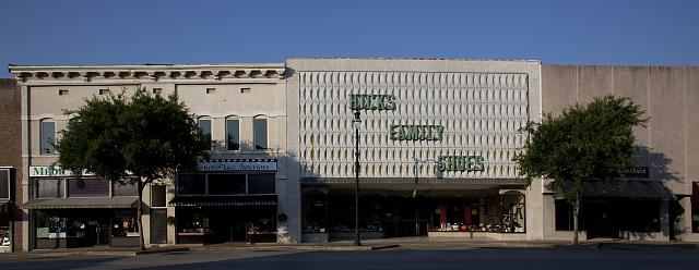 Photo: Gadsden,Alabama,Etowah County,Storefronts,South,Carol Highsmith,Photographer,10