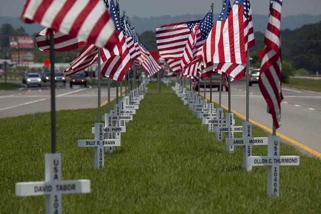 Photo: Flags fly for Gadsden area War Veterans,Gadsden,Etowah County,Alabama,2010,3