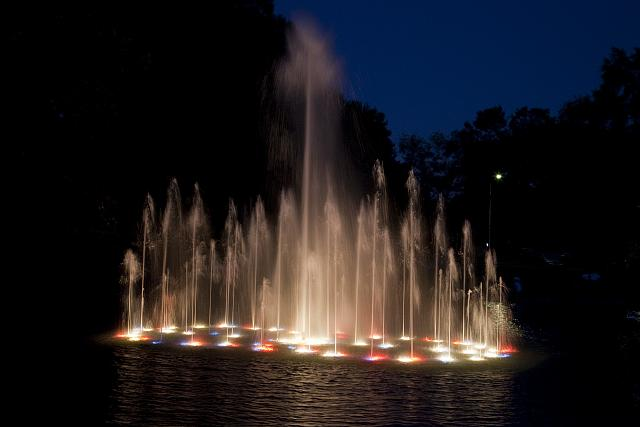 Photo: Water Dances,Water Show,Spring Park,Tuscumbia,Alabama,AL,Fountain,Highsmith,2