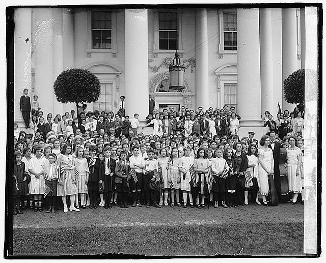 Photo: Children who serenaded the President,Kids,Washington,DC,June 1922