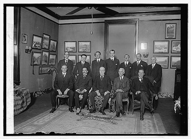 Photo: Dr. Rowe group,10/23/23,1923,National Photo Company